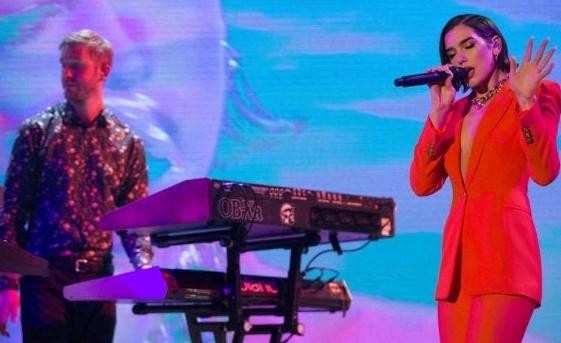 Star Radio - Calvin Harris & Dua Lipa Masih Betah Menjadi Juara Official Singles Chart