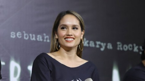 Star Radio - cinta-laura-raih-best-female-actress-di-ajang-international