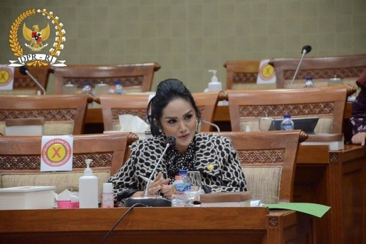 Star Radio - Bikin Melongo, Ini Gaji Krisdayanti Selama Jadi Anggota DPR